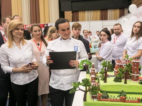 В Воронеже выберут самый красивый торт 2019 года