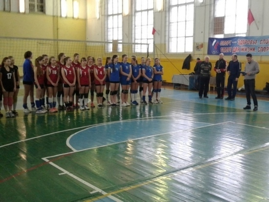 Юные волейболистки Вышневолоцкого района вернулись с турнира