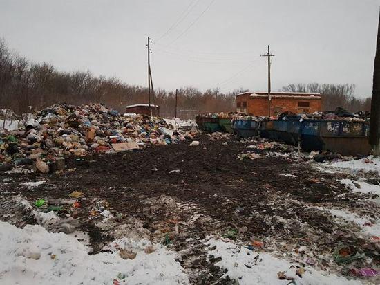 В Тамбовской области сложили мусор у насосной станции