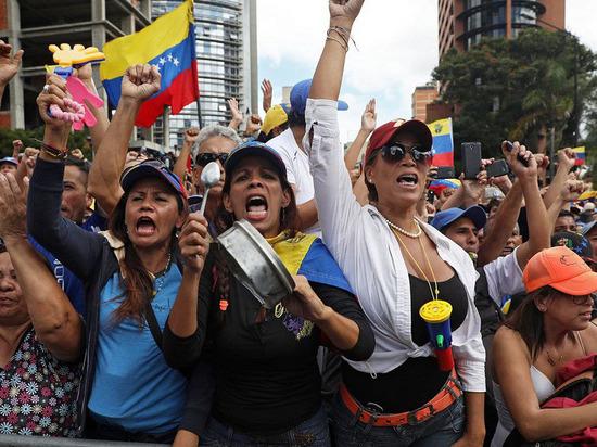 Какова финансовая подоплека торга за Венесуэлу?