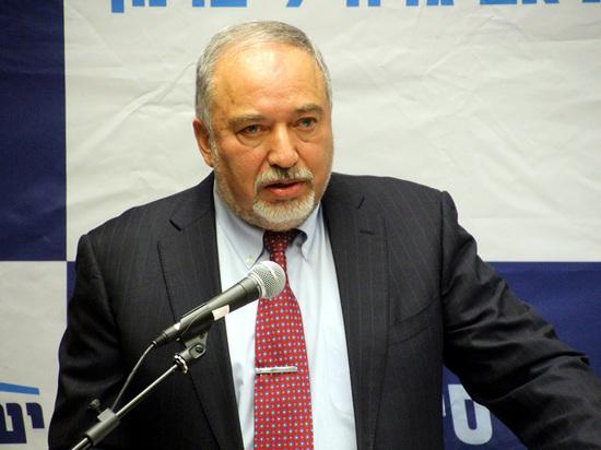 Либерман требует лишить террористов права на бесплатного адвоката