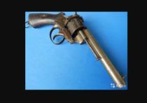 Житель Твери торгует оружием на сайте бесплатных объявлений