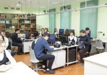 Новейшие компьютеры с обучающей программой подарили Православной гимназии в Калининграде
