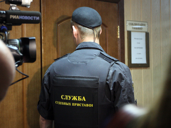 Лишили отпуска: саратовец подал в суд на судебных приставов