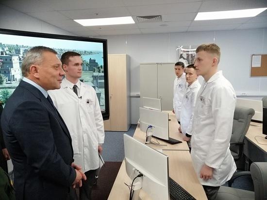 Вице-премьер Юрий Борисов показал академикам и ректорам вузов технополис «ЭРА»
