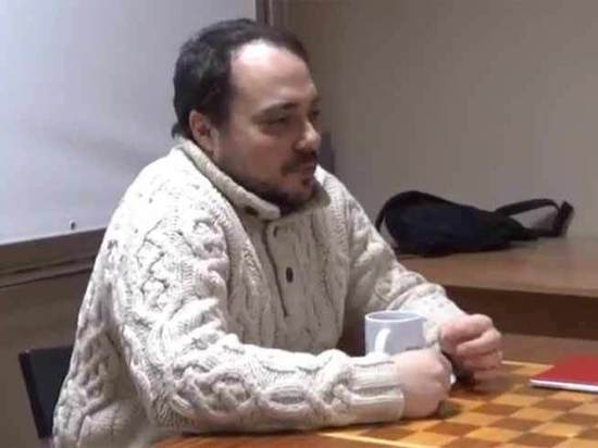 Шнуров написал стихотворение про конфликт Друзя иБера