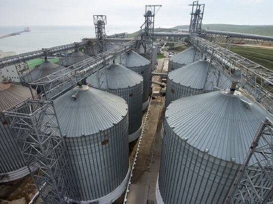 ВТБ купил терминал для перевалки зерна на экспорт в Новороссийске
