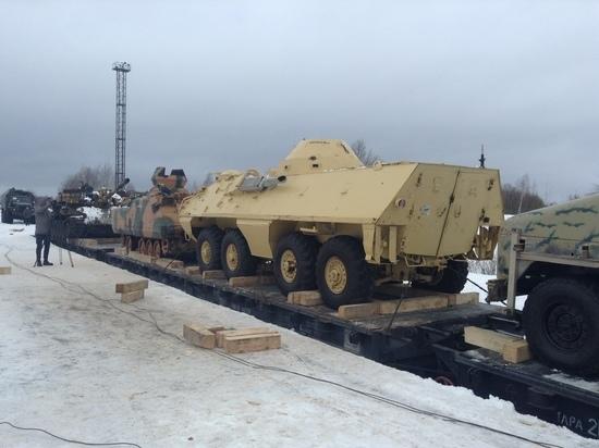 «Сквозное отверстие калибра 12,7 мм»: россиянам покажут оружие сирийских боевиков