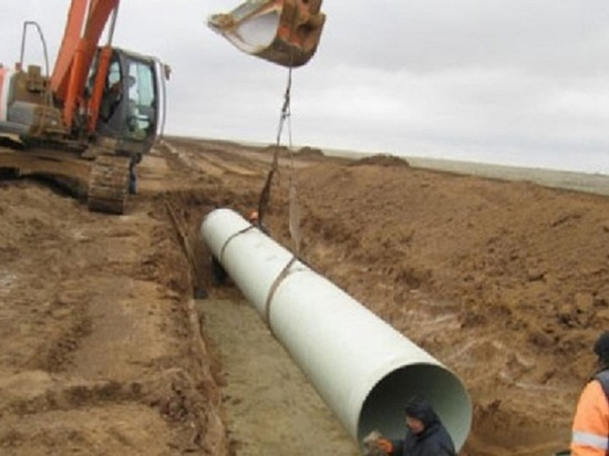 Водопроводом, который Калмыкия строит 13-й год, заинтересовались