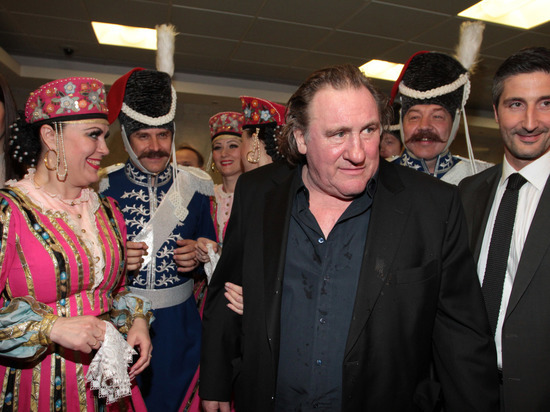Депардье и Кустурица намерены посетить Экономический форум в Крыму