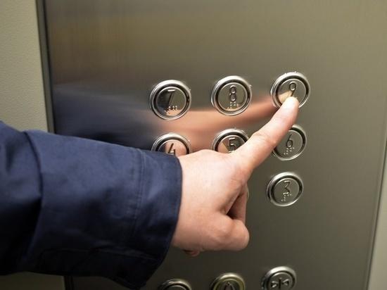 Подрядчика по установке лифтов в Приангарье оштрафовали на 14,5 млн