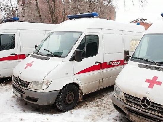 В Красноармейском районе водитель наехал на пешеходов: погибла женщина