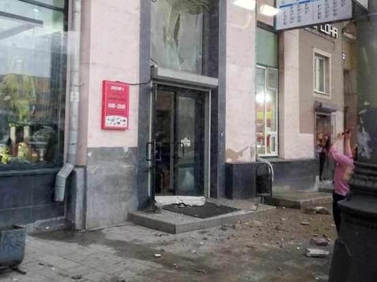 Двое детей пострадали в результате обрушения балкона в Москве