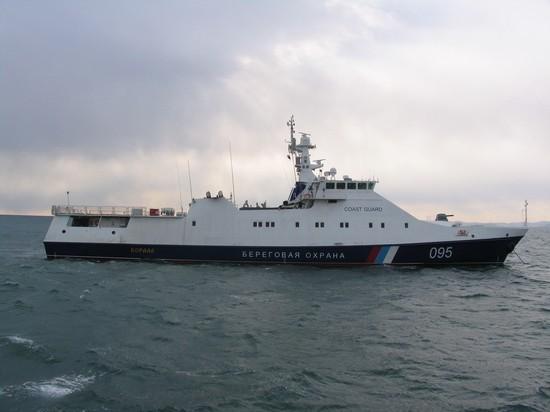 Российские пограничники задержали южнокорейское судно