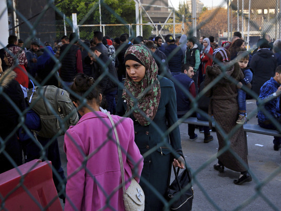 В Сирии началась эвакуация беженцев с оккупированной США территории