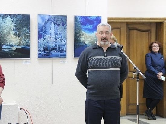 В ЮжноСахалинске открылась выставка «За гранью видимого»
