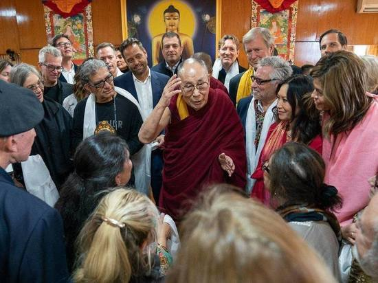 Далай-лама зовет буддистов Бурятии в Индию