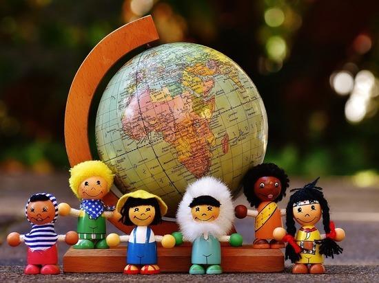 Психологи объявили причиной ксенофобии детское заблуждение