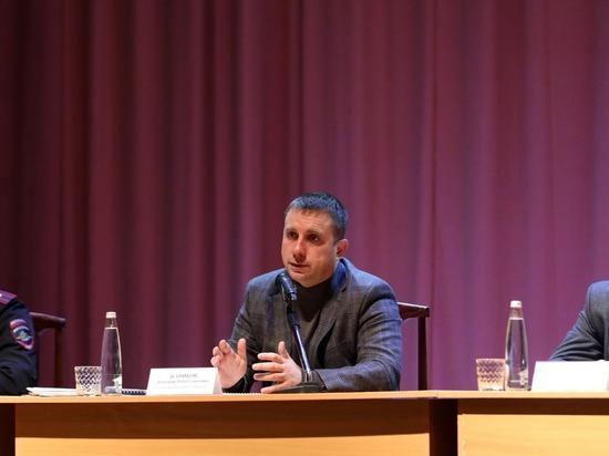 Селяне получили исчерпывающую информацию в ходе встречи с руководителем муниципалитета
