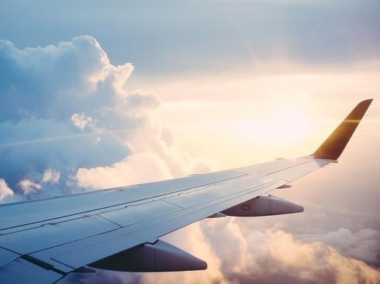 Попутный ветер разогнал пассажирский самолет до «сверхзвуковой» скорости