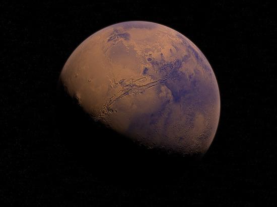 Российско-европейский зонд нашел на Марсе гигантские запасы льда