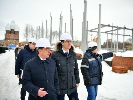 Мэр Ярославля посетил  строительство физкультурного центра в Дзержинском районе