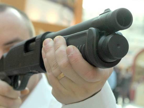 Байкер на ходу расстрелял мужчину у поликлиники в Москве