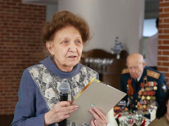 В Ставрополе первыми с 23 февраля поздравили ветеранов ВОВ