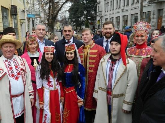 Крымчане уже начали отмечать годовщину референдума