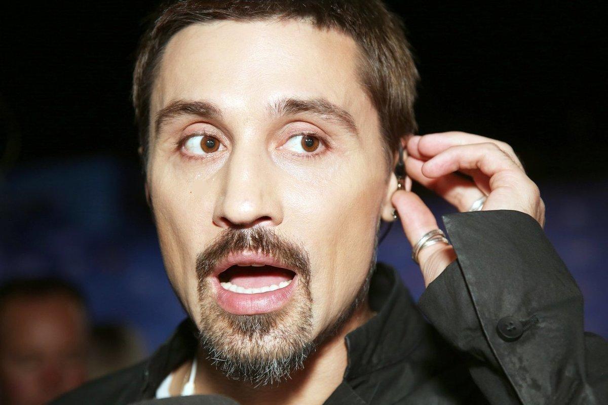 Дима Билан пообещал помочиться в сумку Сергея Шнурова