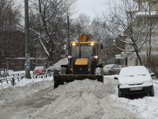 Дзержинск, Кстово и Бор не справляются с последствиями снегопада