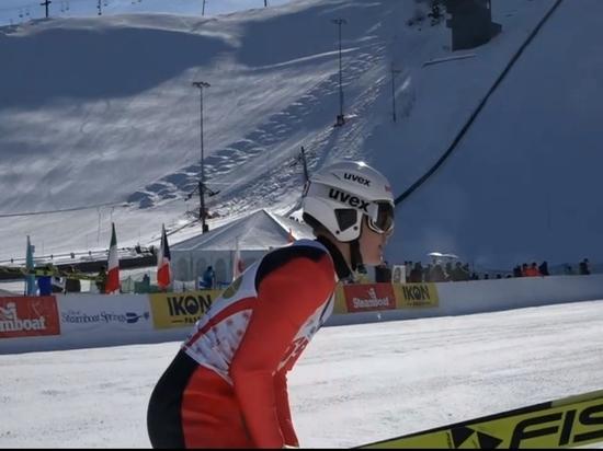 Российский спортсмен «показал средний палец с Путиным»