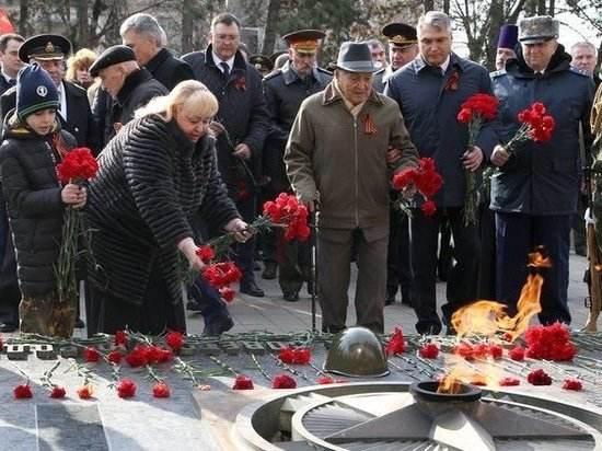 Полпред Матовников принял участие в плац-параде в Пятигорске