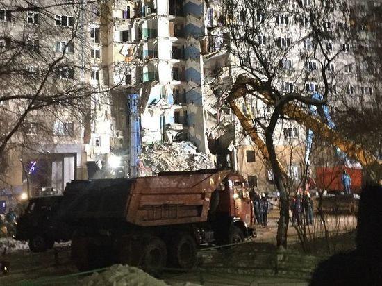 В Магнитогорске снова эвакуировали жильцов рухнувшего 31 декабря дома
