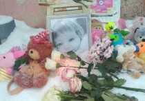 В Кирове молодая мама оставила трехлетнюю дочь на несколько дней в квартире одну