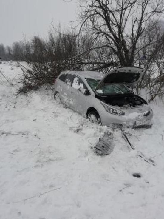 В Сафоновском районе перевернулась иномарка, пострадала пассажирка