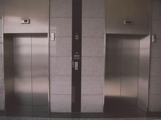 Более 40 новых лифтов установят в карельских домах
