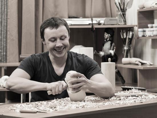 Кемеровчанин променял свою профессию на кукол