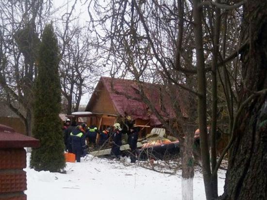 В Подмосковье разбился самолёт: упал на жилой дом