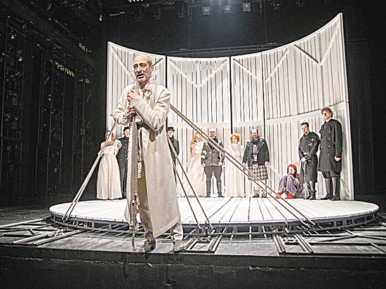 «Мастерская Петра Фоменко» представила трагедию Шекспира