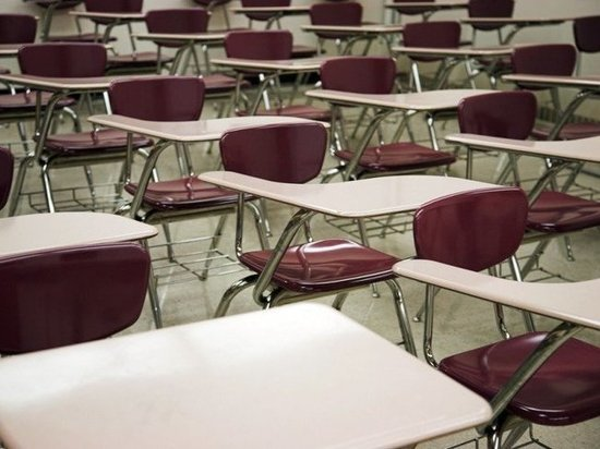 Одну из школ Ноябрьска полностью закрывают на карантин