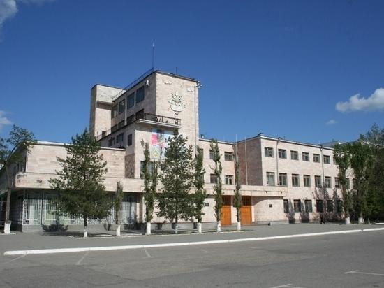 Самый старый корпус Калмыцкого госуниверситета будет отремонтирован