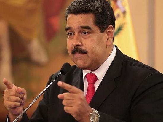 Мадуро перенес офис нефтяной госкомпании PDVSA в Москву