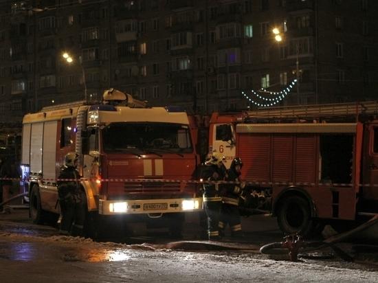 Девушка умерла при пожаре от отравления угарным газом, накануне она поссорилась с мужем