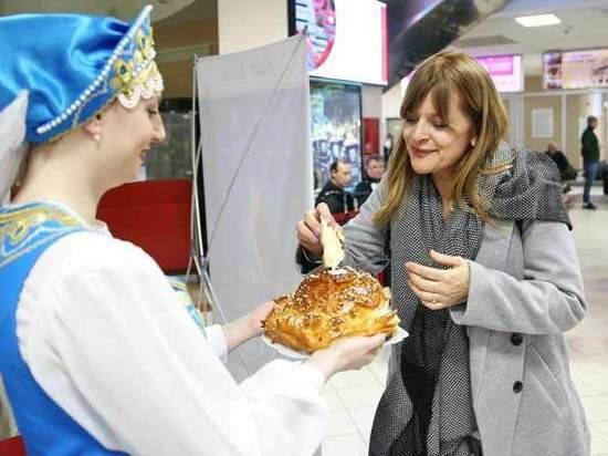 Настасью Кински в России накормили клюквой и орешками