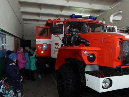 В Мордовии спасатели провели уроки в школах