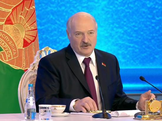 Лукашенко назвал идею «русского мира» недопустимой для Белоруссии