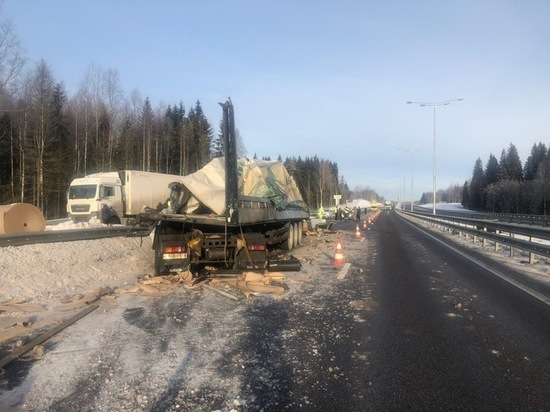ДТП произошло 2 марта на 367 км - 800км скоростной трассы М-11 на териитории Бологовского района Тверской области