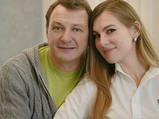 Марат Башаров приехал кизбитой жене наотдых