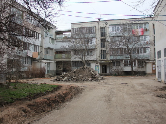 В поисках сокровищ перерыли балаклавскую улицу